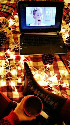 """Merry Christmas Ya Filthy Animal!"" Instagram: pennsylvaniaprep97 #prep #preppy #prepster #preppylife #preppystyle #classy #ivystyle #ivyleague #winter #christmas #elf #photography #handsinframe #december #hotcocoa #hotchocolate #homealone #kevin #lights #snowflakes #"