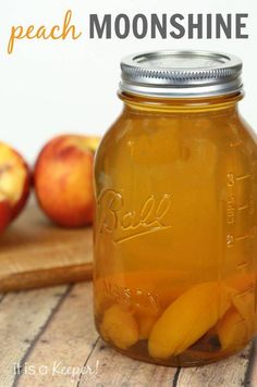 This Peach Moonshine is one of my favorite cocktails! A while back, I posted a recipe for Apple Pie Moonshine. It is one of my all-time favorite cocktails. So, it was no surprise when I Beste Cocktails, Easy Cocktails, Cocktail Drinks, Cocktail Recipes, Vodka Cocktails, Margarita Recipes, Peach Alcohol Drinks, Banana Cocktail, Moonshine Cocktails