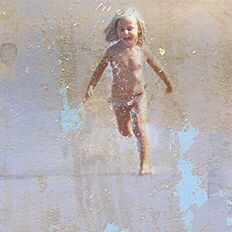Creative Photo a little girl running in the beach. Very nice souvenir of last summer in Biarritz. Made by Mercedes Vargas