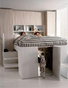 lit élevé deux personnes et armoire au-dessous