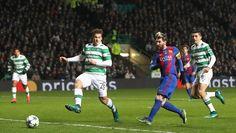 Lionel Messi marca el primer gol del encuentro ante el Celtic