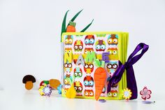 Please follow me on Instagram: https://www.instagram.com/serzihandicrafts/    Express shipping, after the manufacture of its product receive in 3-4 days !!! it's great...  Children's soft Book - Felt book - Personalized toys - Montessori - Busy toys - Activity toys - Travel toys - Fabric children book -Felt mat - first learning book - toddler busy book - quiet book by SerZihandiCrafts    This large book Indeed fantastic gift child.  It is a educational book, the book is full of colorful…