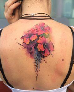 Tatuajes de Ohana en la espalda para Mujeres. Significado de los tattoo de Ohana.