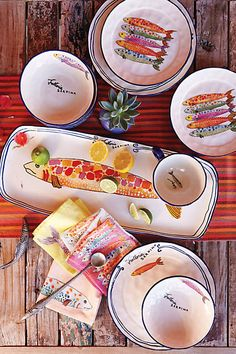 HOW CUTE ARE THEEEESE PLATES?! Sardina Dinnerware - anthropologie.com