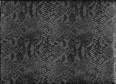 Kunstleder mit Reptilprägung in anthrazit von Textil-Aktuell auf DaWanda.com