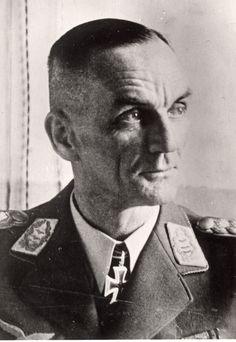 ✠ Kurt Pflugbeil (9 May 1890 - 31 May 1955) RK  05.10.1941 Generalleutnant K.G. IV. Flg.K.