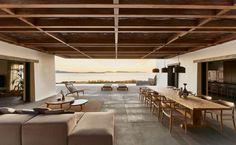 K studio blends its villa mandra into the mykonos horizon Cabinet D Architecture, Architecture Design, Patio Interior, Interior Design, Sala Grande, Luxury Accommodation, Living Styles, House Built, Living Area