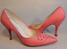 e2c991c5102 Chicago In A Heat Wave - 1950s Bubblegum Pink Peau de Soie Fabric Stiletto Pumps  Heels - 7.5 8