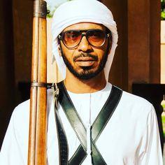Este es uno de los guardias que custodian la residencia donde vivió el #sheikhzayed de #abudhabi en #alain #travelgram #portrait