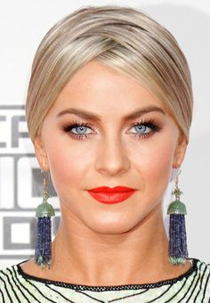 We had a momentary Spice Girls flashback when we spotted Julianne Hough's funky updo update with a zig-zag part.