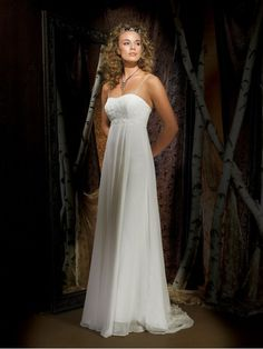 Georgette A-Line Strapless Sleeveless Wedding Dress with Chapel Train AF876
