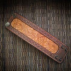 #handmade, #handcraft, #ручнаяработа, #leather, #кожа , #натуральнаякожа, #изделяизкожи, #изкожи, #leathercraft, #leatherwork, #браслет, #бумажник, #кошелек, #кардхолдер, #bracelet , #wallet , #leathercuff , #cuff , #cardholder