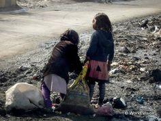 願いは「おなかいっぱい食べること」。長引く紛争により、生きていくうえで最低限必要な食糧さえ確保できず、尊厳ある社会生活を営むことが困難な状態になっている子どもたちがいます(アフガニスタン)