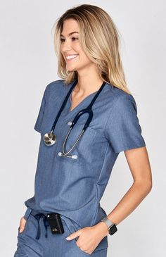 The women's 3 Catarina Heather Denim scrub top has a slim fit while allowing free and easy movement. Part of FIGS' Technical collection of soft tailored-fit scrubs. Scrubs Outfit, Scrubs Uniform, Cute Scrubs, Medical Scrubs, Nursing Scrubs, Greys Anatomy Scrubs, Diy Vetement, Womens Scrubs, Professional Outfits
