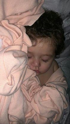 Cute Baby Boy, Cute Little Baby, Little Babies, Cute Kids, Baby Girl Pictures, Cute Baby Videos, Cute Baby Pictures, Cute Babies Photography, Baby Tumblr
