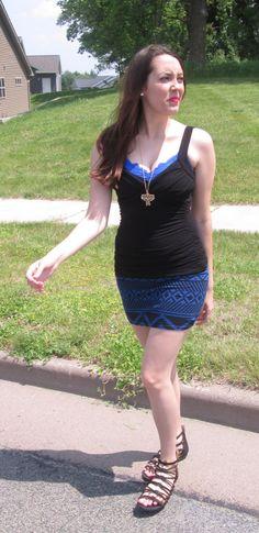 https://lilacsandlaceblog.wordpress.com/2015/07/13/blue-lace-with-pink/