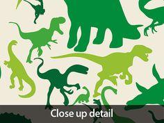 Mapa de dinosaurio del mundo mapa impresión del arte  Un mapa del mundo hecho con siluetas de dinosaurios en tonos de verde sobre un fondo amarillento