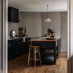 Inspirational ideas about Interior Interior Design and Home Decorating Style for Living Room Bedroom Kitchen and the entire home. Curated selection of home decor products. Scandinavian Style Home, Scandinavian Interior Design, Interior Design Living Room, Home Decor Kitchen, New Kitchen, Kitchen Design, Kitchen Island, Devol Kitchens, Black Kitchens