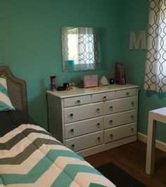 A Agers Dresser Is Center Stage Furniture Repair My Design