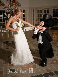 Magical Day Weddings - Wedding Spotlight: Erika + Kyle
