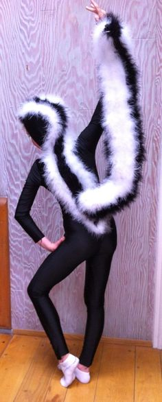 Ideas & Accessories for your DIY Skunk Halloween Costume Idea
