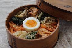 Korean Bibimbap Bento Lunch 비빔밥의 도시락 ビビンバ弁当 .....투석환자나 당요성환자들에게 좋은 접근 방법이 될 듯합니다