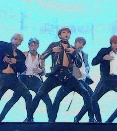 bts, kpop, and jungkook image Jungkook Jimin, Bts Taehyung, Bts Bangtan Boy, Jung Kook, Jikook, K Pop, Billboard Music Awards, Yoonmin, Foto Bts