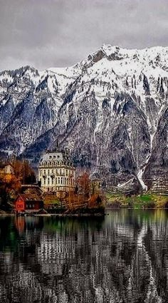 Switzerland #travel #travelphotography #switzerland switzerland En nuestro blog mucha más información https://storelatina.com/switzerland/travelling #viagem