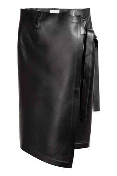 Knee-length skirt in soft, bonded leather with a wrapover front and tie at waist. Leather Culottes, Leather Midi Skirt, Black Leather Skirts, Black Pants, Black Women Fashion, Grey Fashion, Bonded Leather, Casual Fall Outfits, Cute Skirts