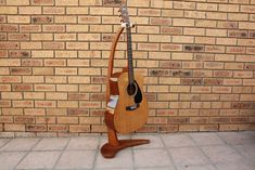 Easy Wooden Guitar Stand