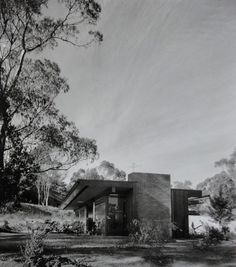 Case Study House No.20(A) : Bailey House, Pacific Palisades CA (1948)   Architect : Richard Neutra