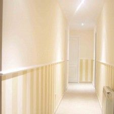 pasillo Ideas Para, Stairs, Inspiration, Corridor, Home Decor, Decorating A Hallway, Wall Design, House, Wall Painting Colors