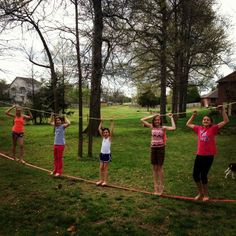 parallel balancing ropes Fitness Trail, Ropes, Activities For Kids, Gardens, Backyard, Good Things, Children, Fun, Ideas