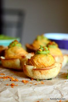 Vada Pav bites, a young and peppier version of traditional Vada Pav, they are perfect for a party or portion control or just to add some variety in life Indian Appetizers, Indian Snacks, Indian Food Recipes, Appetizer Recipes, Snack Recipes, Cooking Recipes, Cooking Tips, Rice Recipes, Dip Appetizers