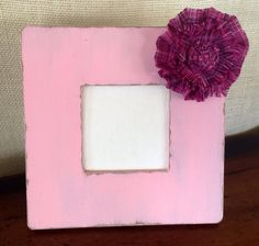Distressed springtime picture frame. by BrecksCountryDesigns