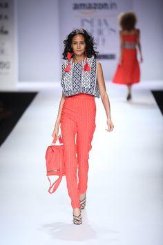 Tanieya Khanuja at Amazon India Fashion Week spring/summer 2017