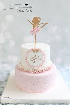 Rige Best Picture For Cake Design for boyfriend For Your Taste You are looking for something, and it is going to tell you exactly what you are looking for, and you didn't find that picture. Ballet Birthday Cakes, Ballet Cakes, Ballerina Birthday Parties, Ballerina Cakes, Baby Birthday Cakes, Birthday Ideas, Ballerina Party, Bolo Minion, Baby Girl Cakes