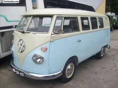 1966 ,VW Busmodele deluxe national (Porto,Portugal) http://www.thesamba.com/vw/classifieds/detail.php?id=1745872