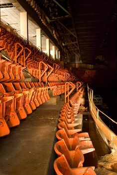 The Aud's (the old Memorial Auditorium)orange level seats. Oh, I experienced those firsthand! Baseball Park, Buffalo New York, Buffalo Sabres, Upstate New York, Buffalo Bills, Sport, Nose Bleeds, Wrist Tattoos, Local History