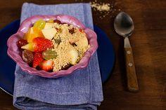 Salada de frutas com paçoca de colher - Panelinha