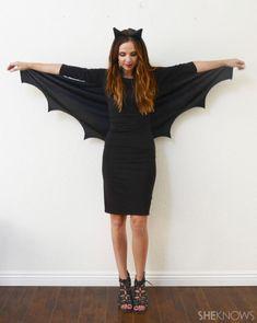 DIY Bat Costume You Can Make in Minutes – SheKnows Meme Costume, Diy Bat Costume, Bat Halloween Costume, Easy College Halloween Costumes, Looks Halloween, Halloween Diy, Costume Ideas, Halloween Couples, Biker Halloween