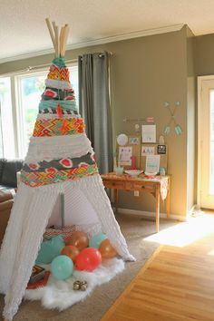 Oh So Lovely: DIY ADVENTURE THEMED FIRST BIRTHDAY PARTY