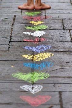 Walk with love. Smile with love. Talk with love. Listen with love. Be LOVE I Love Heart, Happy Heart, Heart Pics, Sidewalk Chalk, Sidewalk Ideas, Foto Art, Jolie Photo, Chalk Art, Heart Art