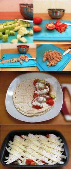 Burritos baked chicken, cucumber, cream, tomatoes and cheese Burritos al horno de pollo,  pepino, nata, tomate y queso Subido de Pinterest. http://www.isladelecturas.es/index.php/noticias/libros/835-las-aventuras-de-indiana-juana-de-jaime-fuster A la venta en AMAZON. Feliz lectura.