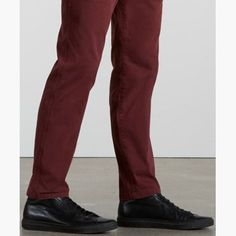these chino pants are crafted from premium cotton with stretch, and cut for a slightly tapered fit. Levis Sale, Mens Xl, Black Pants, Harem Pants, Products, Fashion, Black Slacks, Moda, Harem Trousers