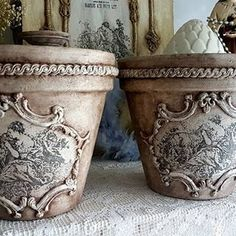 Before terracotta pots 🌷 Diy Arts And Crafts, Hobbies And Crafts, Home Crafts, Crafts To Make, Shabby Chic Crafts, Vintage Shabby Chic, French Style Decor, Orchard Design, Decoupage