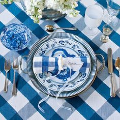 Blue Danube China Pattern By Blue Danube - 5 New Ideas for Classic Christmas China - Southern Living Blue Danube China, Blue And White China, Tables Tableaux, Dresser La Table, Christmas China, Blue Christmas, Beautiful Table Settings, Christmas Table Settings, Christmas Tablescapes