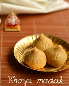 Khoya modak is an easy recipe yet rich Ganesh Chaturthi special recipe. With just 3 main ingredients, it turns out delicious and yummy, that all your family members would love. With step by step pictures and full video! Khoya Recipe, Modak Recipe, Indian Desserts, Indian Sweets, Indian Food Recipes, Best Cinnamon Rolls, Veg Soup, Special Recipes, Food Festival