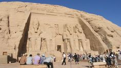 Explore Egypt and enjoying the Egyptian history by visiting many attractions with a luxurious experience with #EgyptEasterTourPackages.