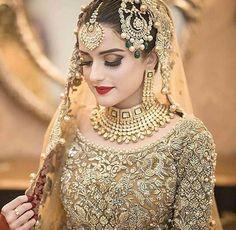 New pakistani bridal dresses Pakistani Bridal Makeup, Bridal Mehndi Dresses, Pakistani Wedding Outfits, Bridal Outfits, Indian Bridal, Pakistani Dresses, Indian Outfits, Bridal Lehenga, Pakistani Frocks